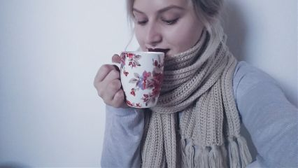 me winter time redlips cupoftea